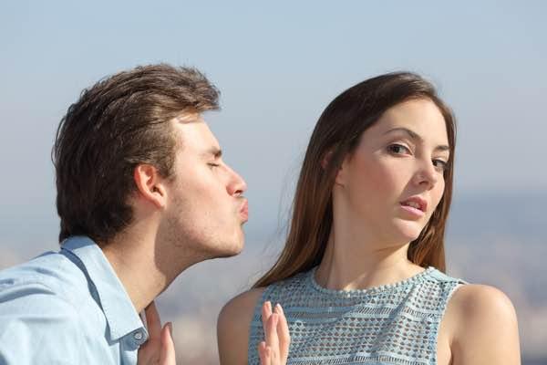 utryg afvisende tilknytning i parforholdet