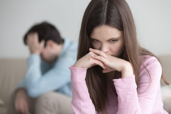 Når en mand trækker sig, hvad føler han for mig - Når en mand ignorerer en kvinde - Hvorfor trækker han sig pludselig? Når han ikke tager kontakt - Mandeterapeuten i København