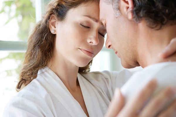 Sexolog og parterapeut - Venskabelig kærlighed Oxytocin Begær Dopamin