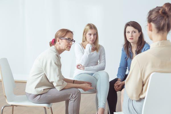 Kvindegruppe - tilknytningstraume og parforhold
